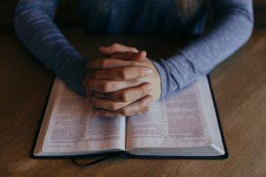 Was ist der Unterschied zwischen Katholisch & Evangelisch - Bibel lesen & beten