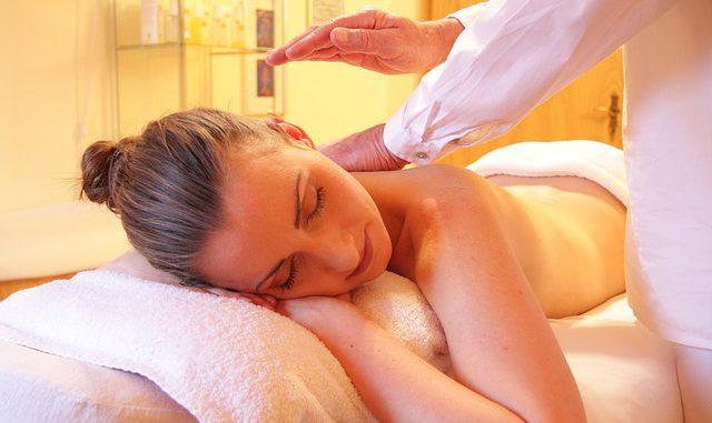 was hilft langfristig gegen rückenschmerzen - massagen